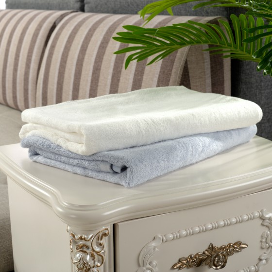 Super Soft Luxurious Bamboo and Blended Bath Towel Set